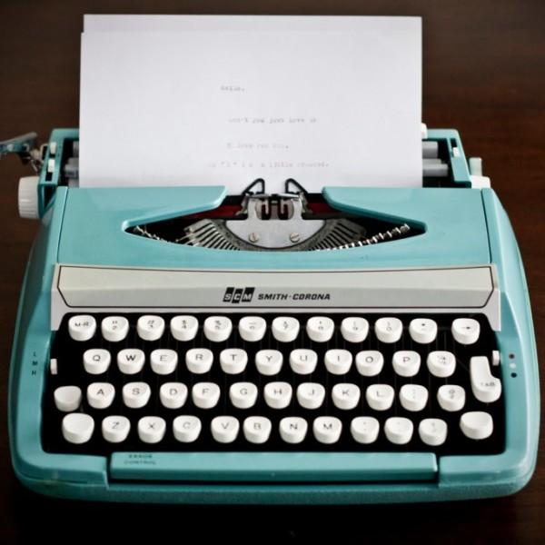 Typewriter11-1024x682